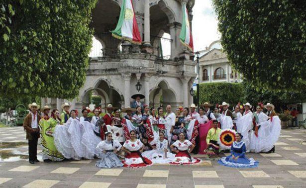 Ballet Huehuecóyotl celebra 25 años de trayectoria