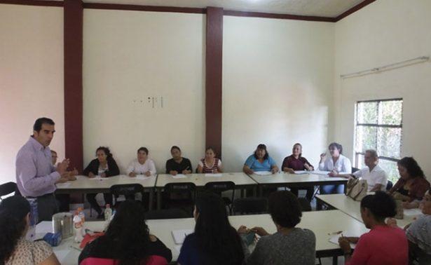 Capacitan a bibliotecarios del sur de Zacatecas
