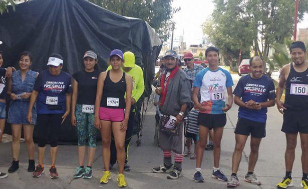 Atletas corren por las calles de Fresnillo