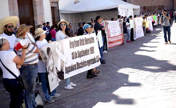 Exigen resultados familiares de trabajadores desaparecidos