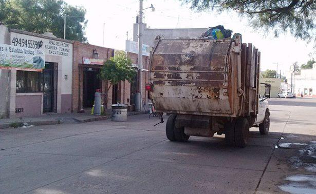 En pésimo estado camiones recolectores de basura en Jerez