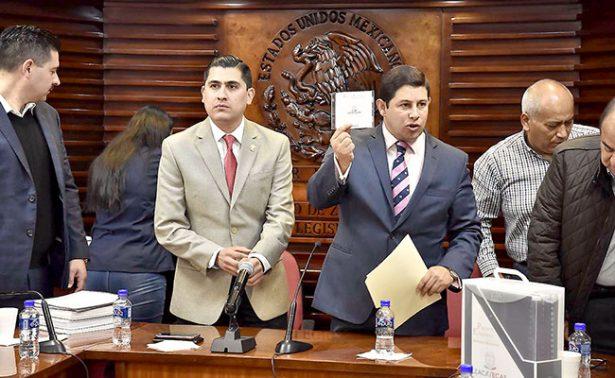 Entregan paquete económico de Zacatecas; 10 mil mdp van para educación