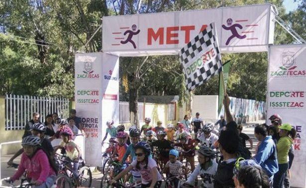 Villa García recibió al Tour de Ciclismo
