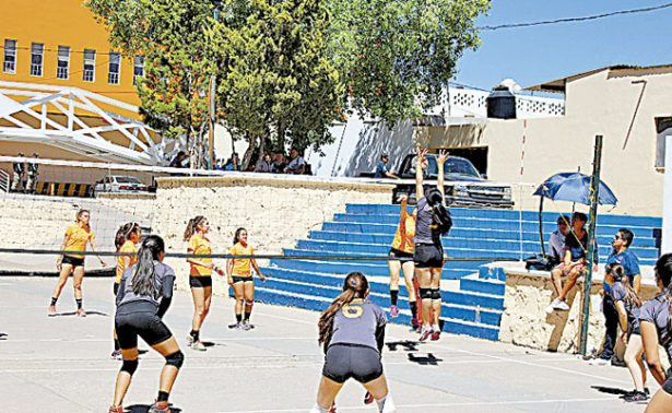 José Ramón Mosqueda compartirá sobre voleibol
