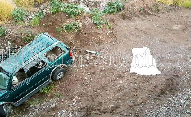 Mueren cuatro personas en aparatoso accidente en Jalpa