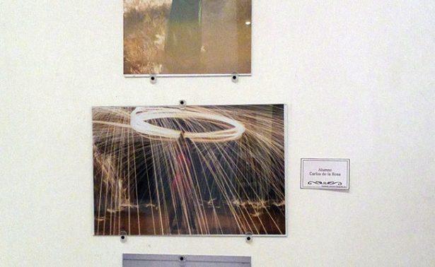 Exponen fotografías en Casa Municipal de Cultura