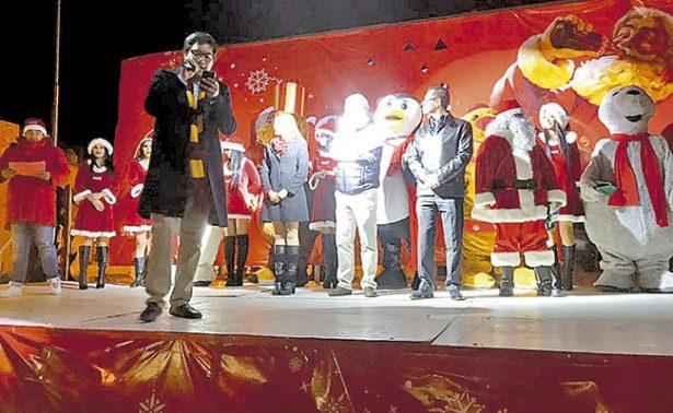 Llegó la Navidad a la Plaza Bicentenario