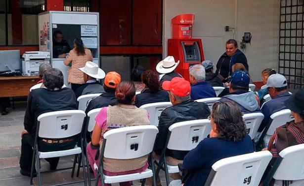 Regidor exhorta a ampararse contra impuesto predial en Zacatecas