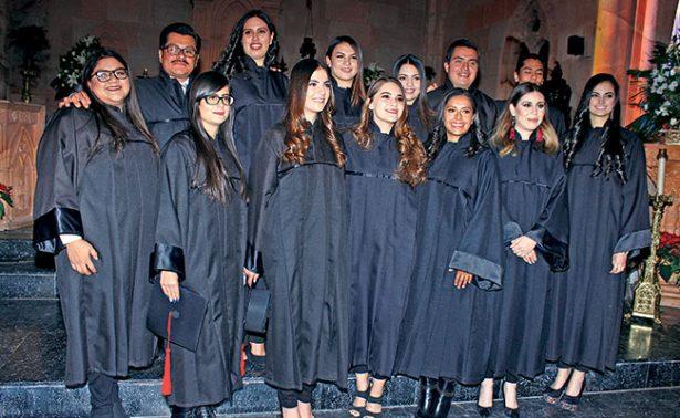 Se graduaron alumnos de Nutrición y Fisioterapia
