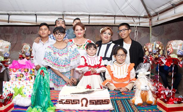 Celebraron a la mexicana el cumpleaños de Daría