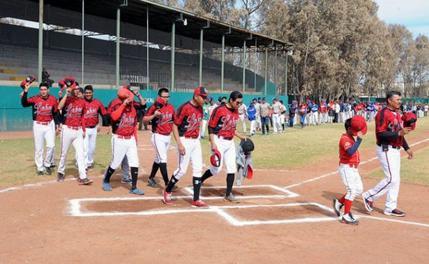 Inició la temporada de beisbol en Fresnillo
