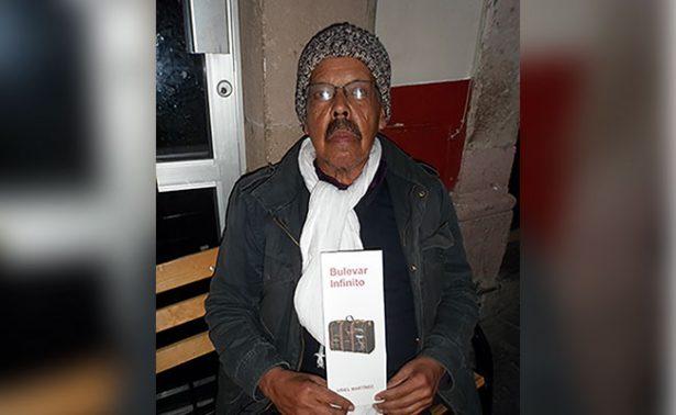 Presentaron colección de poemas de Uriel Martínez