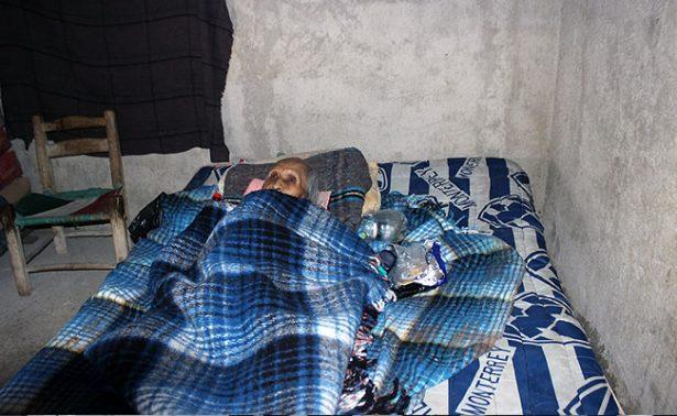 Octogenario postrado en cama espera ayuda institucional