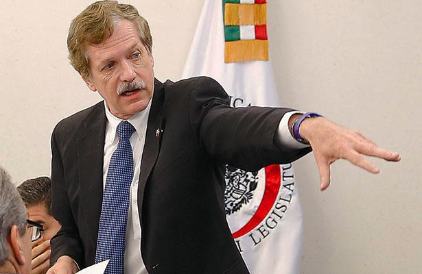Romero Hicks se alista a la carrera por la candidatura presidencial
