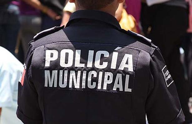 Comando despoja de armas a policías dePuebla