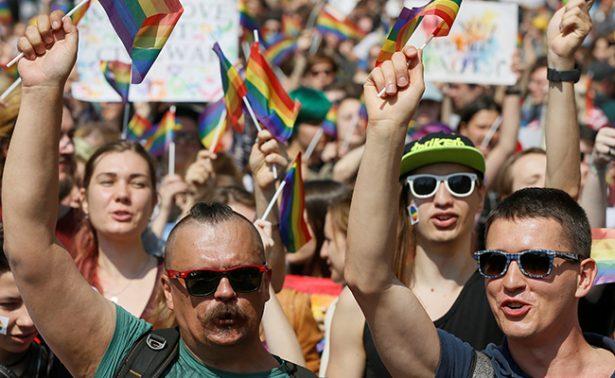 Ser gay es delito en 72 países y en ocho se castiga con muerte