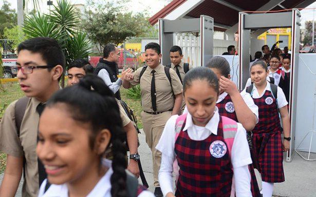 Blindan escuelas contra inseguridad en Nuevo León
