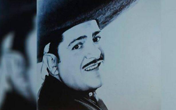 Gruperos rinden concierto-homenaje a José Alfredo Jiménez en Monumento a la Revolución