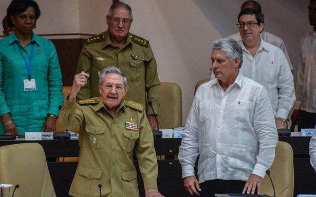 Parlamento cubano adelanta sesión para elegir al sucesor de Raúl Castro
