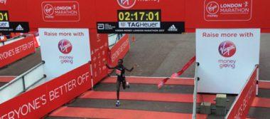 Impone keniana Kaitany récord mundial en Maratón de Londres