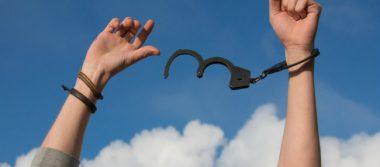 Edomex dispone de brazaletes de seguridad para reos con libertad condicional