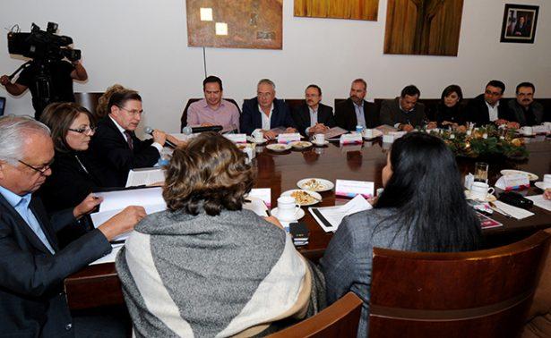 La transparencia no es una opción, sino una obligación, advierte Aispuro Torres