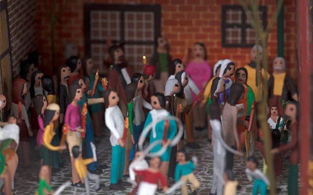 Exhiben colección de arte en miniatura de Carlos Monsiváis