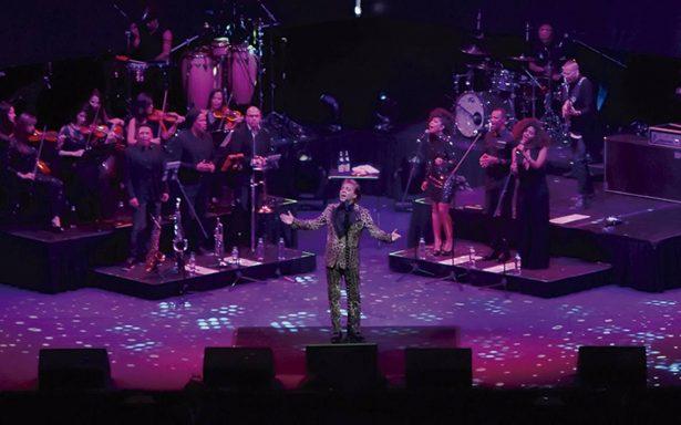Cristian Castro conquista con su voz al público del Auditorio