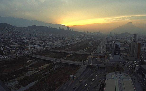 Activan alerta ambiental en Monterrey por mala calidad de aire