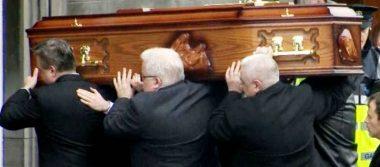 Despiden a Dolores O'Riordan en iglesia de su natal Limerick, Irlanda