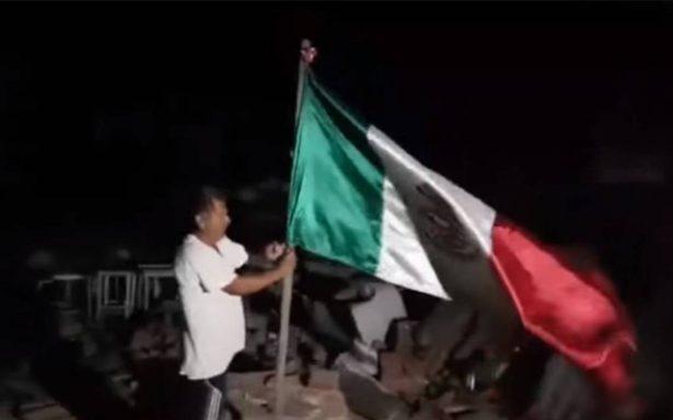 """Esta es la historia del """"Ángel"""" que alzó la bandera tras la  destrucción de Juchitán"""