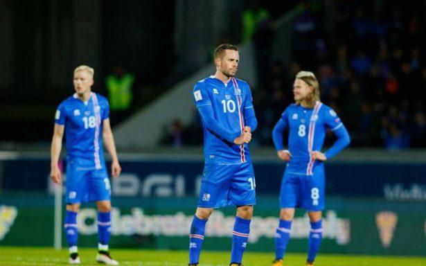 Islandia califica a su primer mundial tras vencer 2-0 a Kosovo