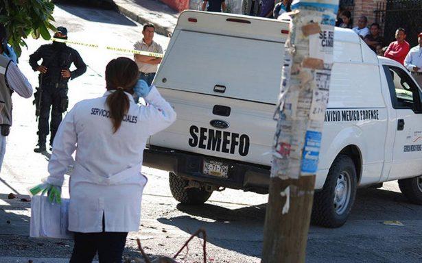 Semefo de Acapulco abarrotado de cadáveres; hay almacenados desde 2011