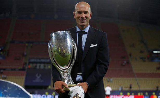 Zidane extiende por tres años más contrato con Real Madrid
