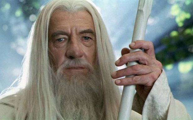 Ian McKellen regresaría a El Señor de los Anillos en nueva serie de televisión de Amazon