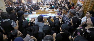 Egipto impacta bases extremistas en Libia tras ataque a cristianos
