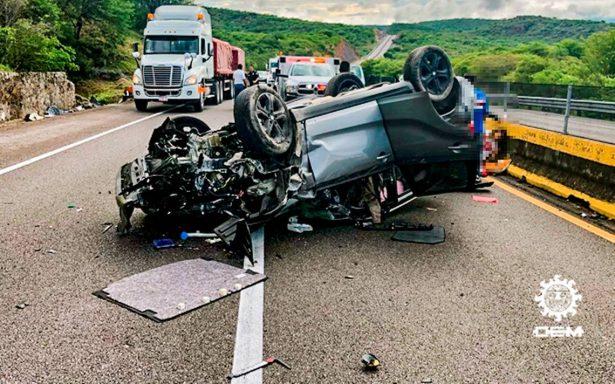 Muere exedil de Zihuatanejo en accidente automovilístico