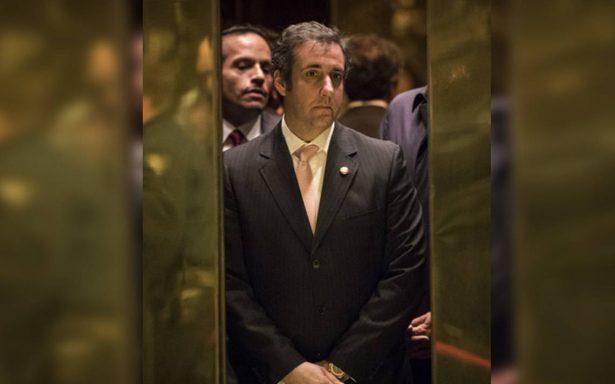 FBI rastrea pagos a mujeres para silenciar relaciones secretas con Trump