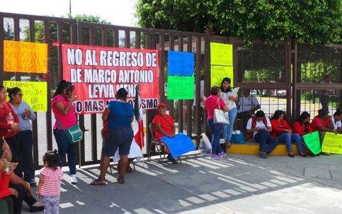 Trabajadores de los sindicatos rechazan regreso de edil de Chilpancingo