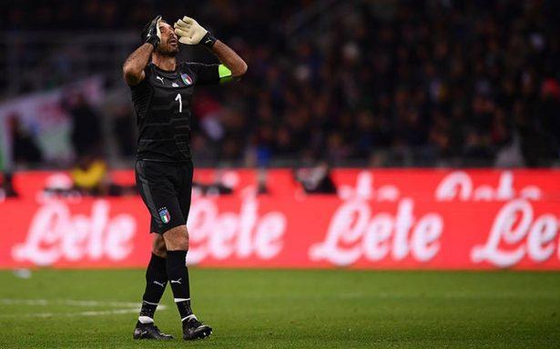 Entre lágrimas y destrozado, Buffon dice adiós a la Selección italiana