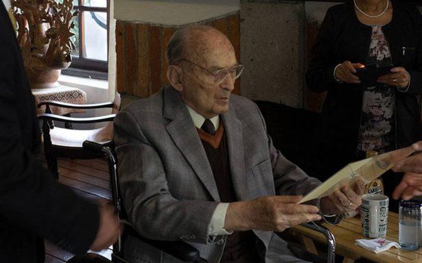 Expresidente Luis Echeverría sale del hospital tras superar neumonía