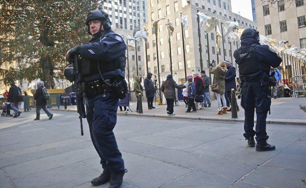 FBI alerta de amenazas del EI a iglesias y celebraciones navideñas