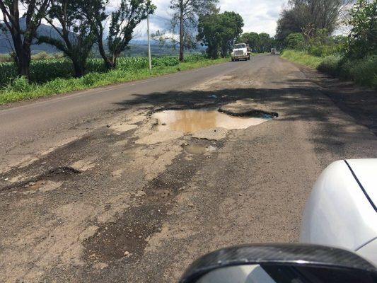 Carretera, en pésimo estado