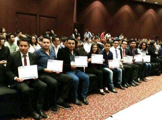 Estudiantes de ITESZ ganan premio