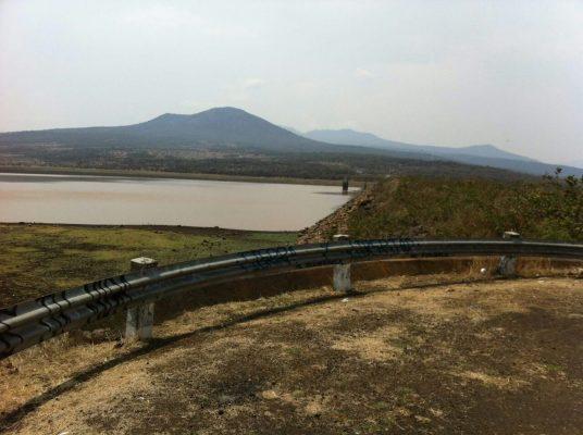 Disminuyen niveles de agua en presas