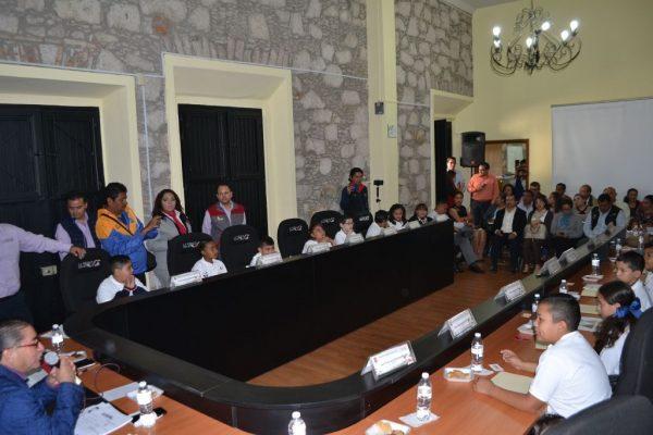 Primer Ayuntamiento Infantil realiza sesión