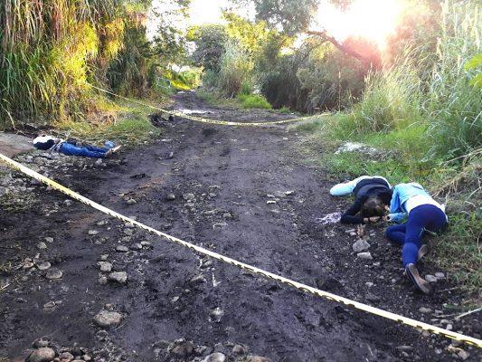 Matan a tres jóvenes en ranchería de Los Reyes