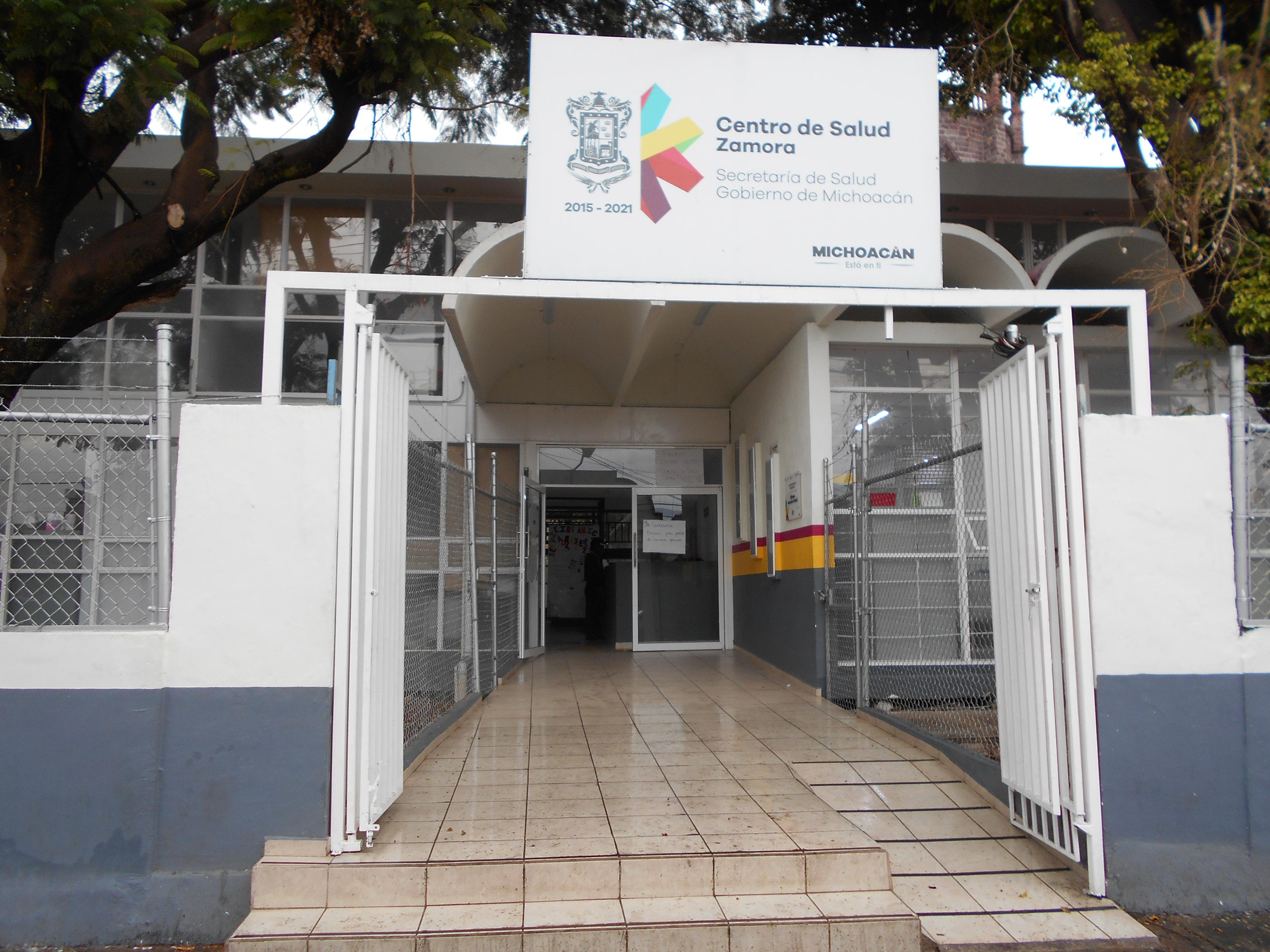 Reanudan actividades en centro de salud for Sol del centro