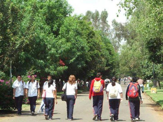 Más de 70 mil alumnos regresan a las aulas