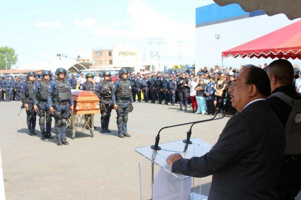 Despide gobierno municipal a Duarte Terríquez en emotiva ceremonia luctuosa